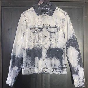 NWOT Urban Outfitters BDG Washed Denim Jacket